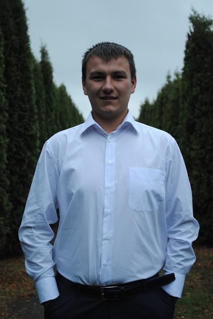 Гук Василь А-31 Спортивний сектор відділеня агрономія